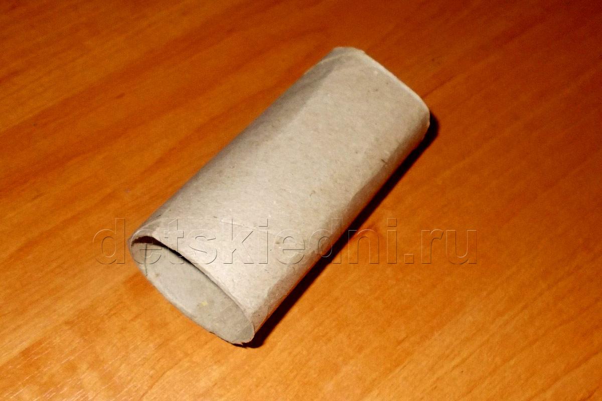 Снежинка из бумажного цилиндра. Шаг 1